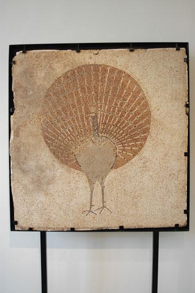 [La_Union_Museo_Arq_Portman]_Caracteristica_ornamentacion_del_pavo_real