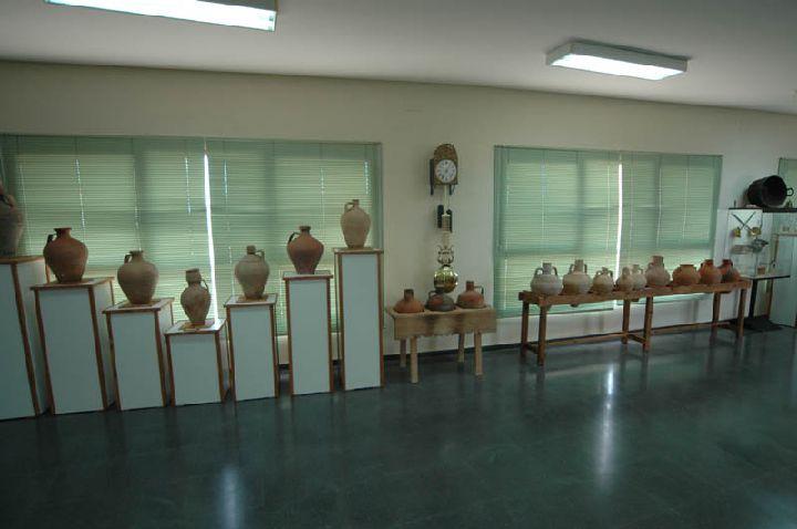 [La_Union_Museo_Etnologico]_Exposicion_de_elementos_ceramicos