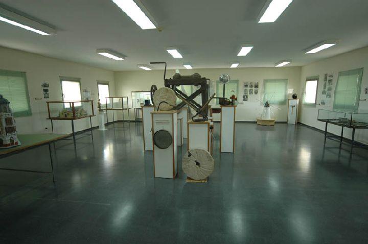 [La_Union_Museo_Etnologico]_Sala_principal_de_la_Exposicion_permanente_de_Etnologia_de_Roche