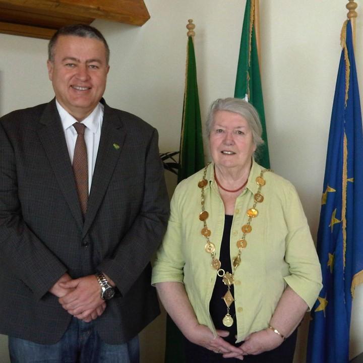1.Portada Alcaldesa Irlanda.