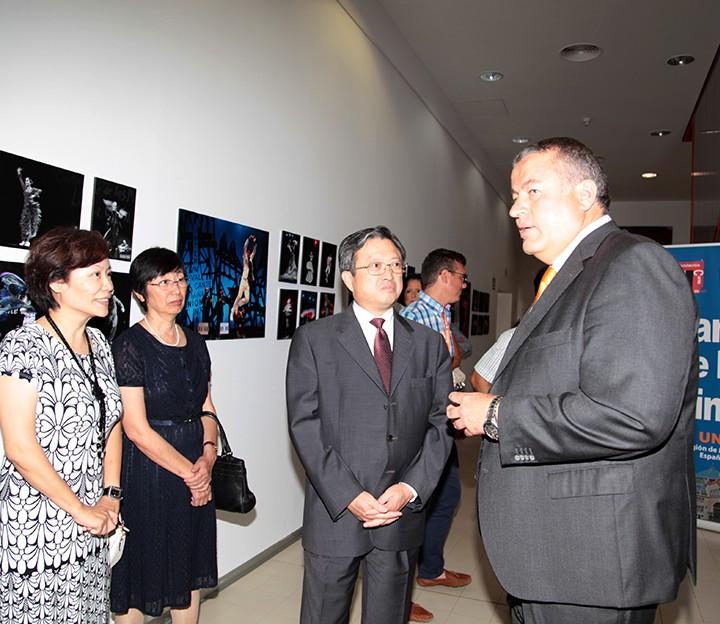 08.08.14 Alcalde con Embajador China