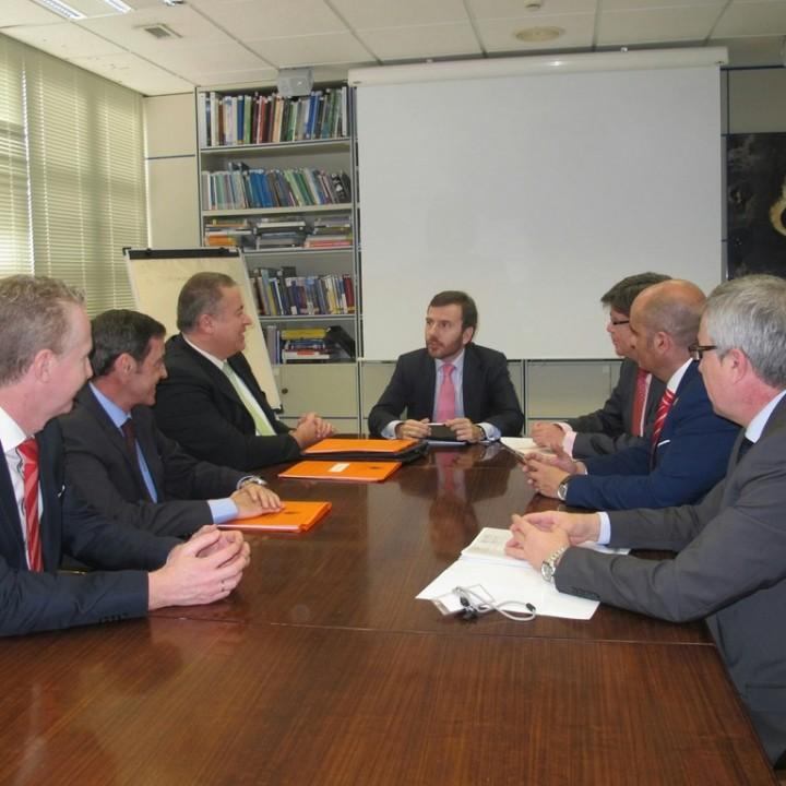 Reunión D.G. Costas-Ayuntamiento de La Unión